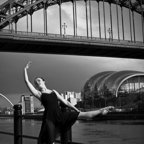 rachel-tyne-bridgesagepose4